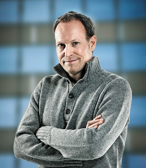 Mag. Christian Molnar Resilienz Trainer, Coach, Hypnotiseur, über mich
